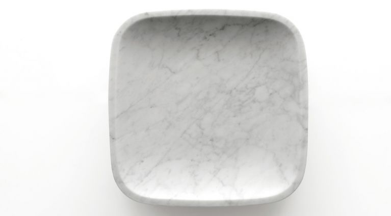 Fruit bowl in white carrara marble Dina