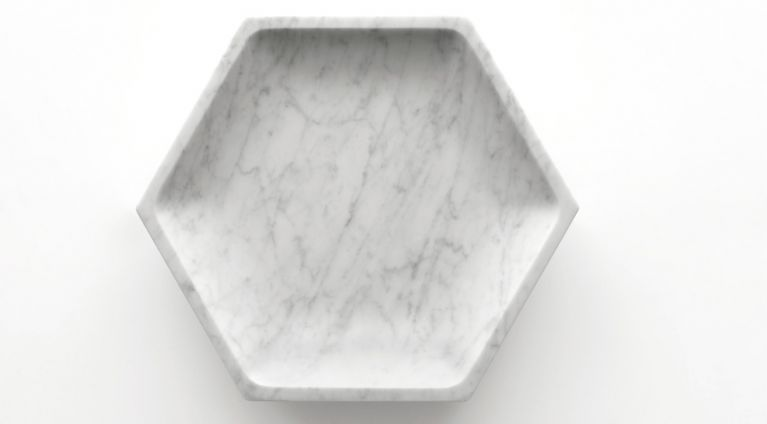Fruit bowl Gina in white carrara marble