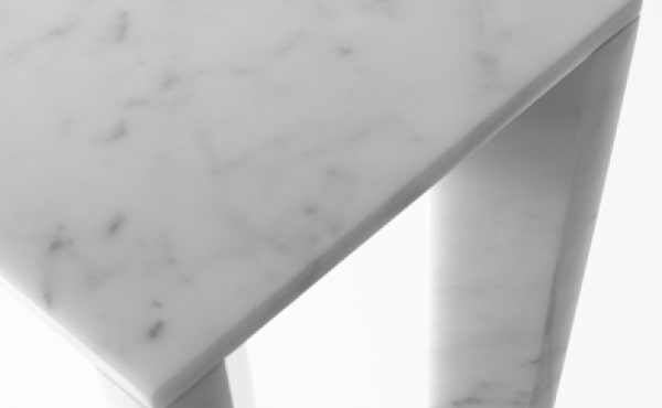 Side table Jim in white carrara marble