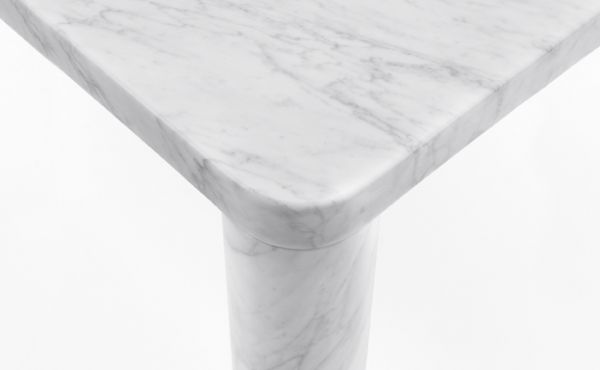 dining table King Poodle in marble