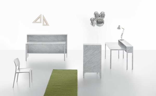 Rendez vous 110 desk by Philippe Nigro in white carrara marble