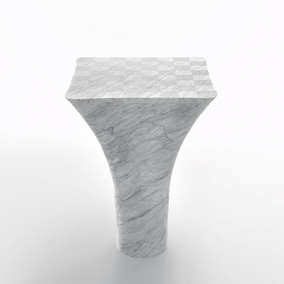 Mate 71 chess table in white carrara marble