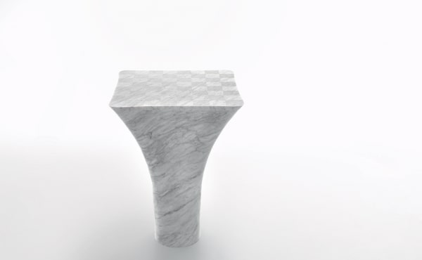 Chess table in White Carrara marble Mate
