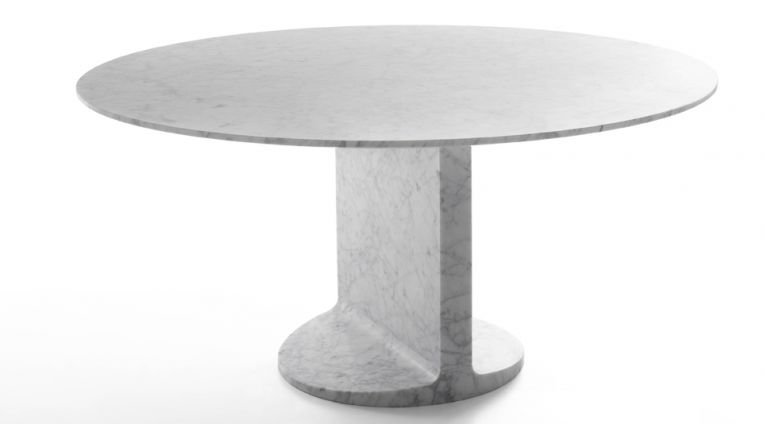 round dining table in marble