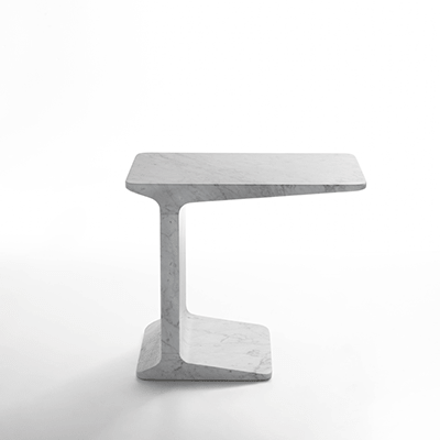 Salto side table in white carrara marble