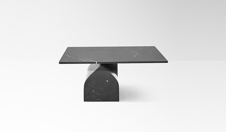 Seesaw 30 in black marquina marble
