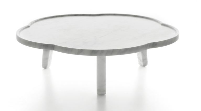 soya tray table in white carrara marble