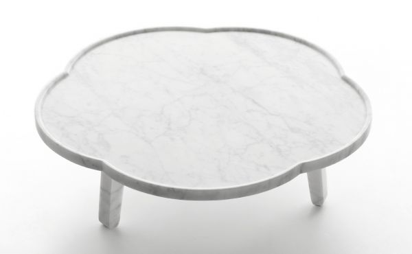 tray table in white carrara marble