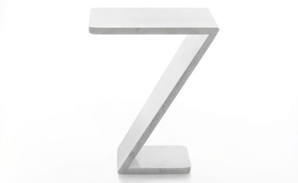 side table in white carrara marble Tiltino