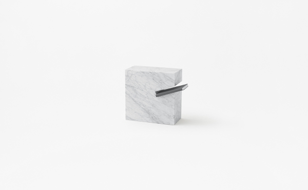 book stand Gap in marble