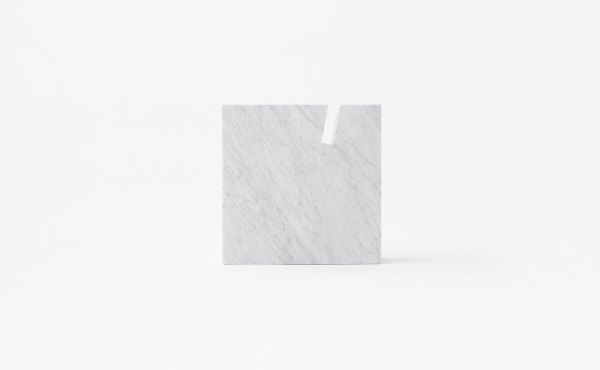side table Gap in white carrara marble