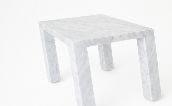 Nod in marble