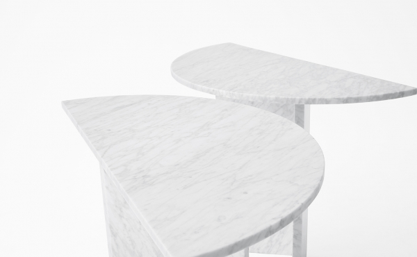 console in carrara marble