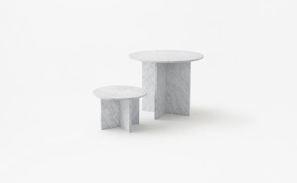 Split Joint round modular table in white carrara marble