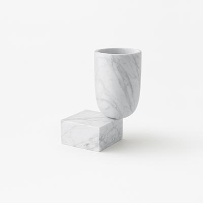 Undervase vase in marble